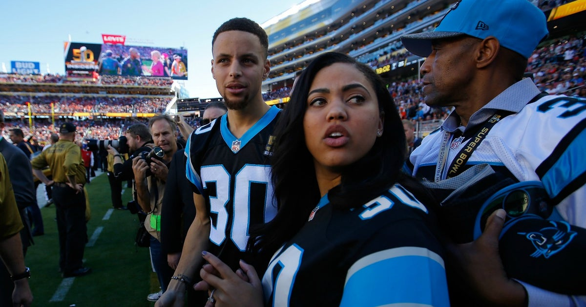 Steph Curry tries to console Carolina Panthers after loss, gets crushed by the internet | FOX Sports