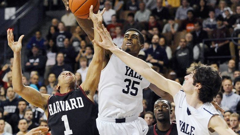 Yale forward breaks NCAA consecutive field goals record