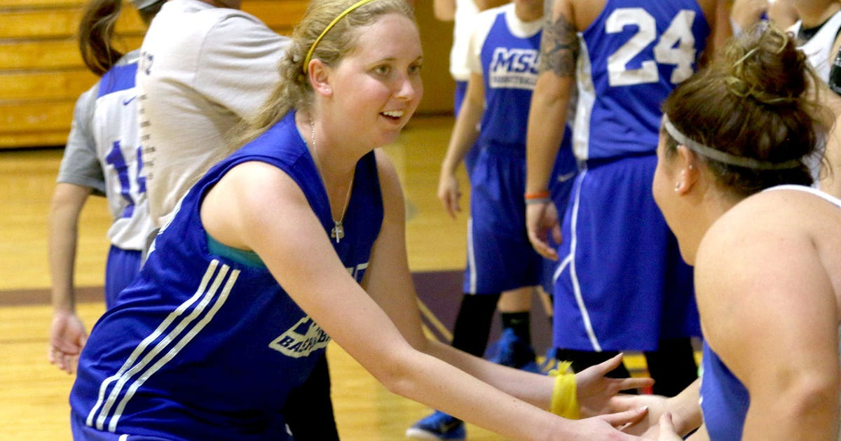 Lauren Hill S Emotional College Hoops Debut On Tap Sunday
