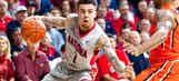 Arizona climbs back into college basketball top 10