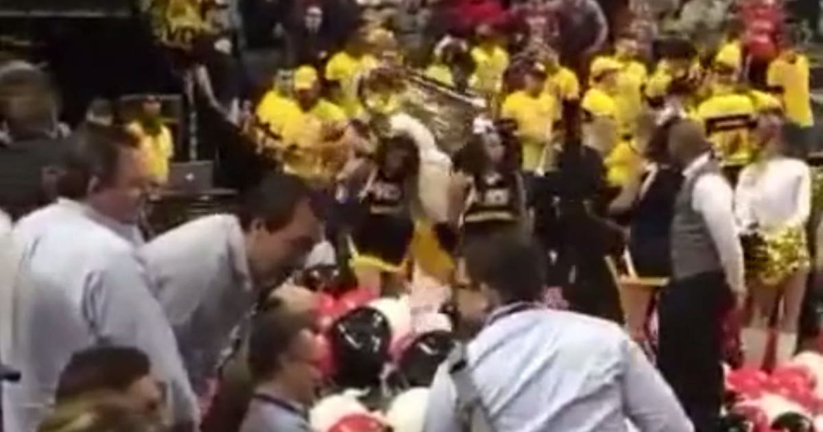 Vcu Cheerleader Takes Out Disappointment On St Joseph S