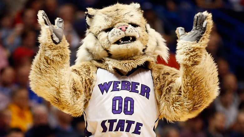 Pitt band pulls NCAA tourney double-duty as stand-ins for Weber State