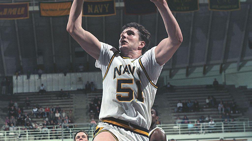 How David Robinson grew into a basketball player and led