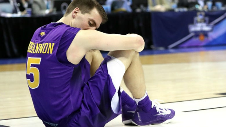 How Northern Iowa's seniors watched the Sweet 16 game they should've been in