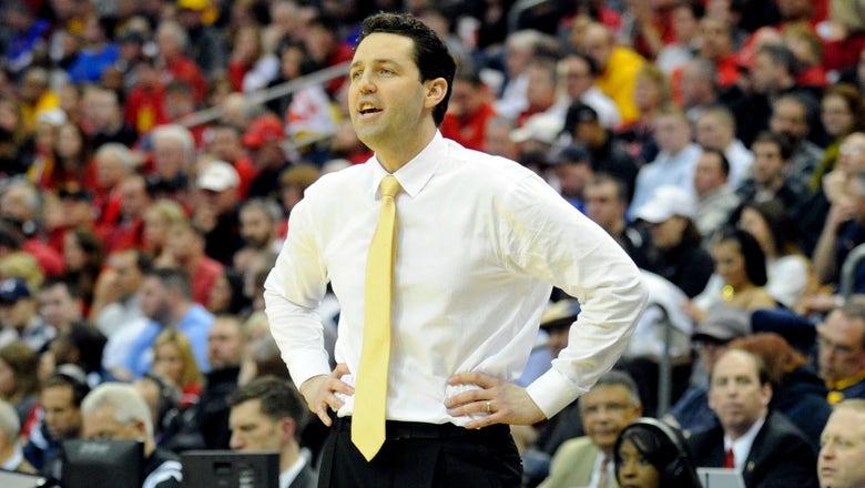 Vanderbilt pries hoops coach Bryce Drew away from Valparaiso