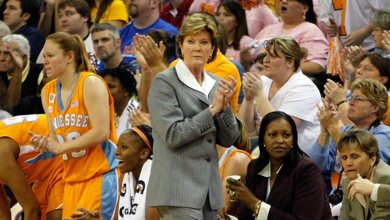 Former Vol Simmons recalls final two seasons playing for Pat Summitt