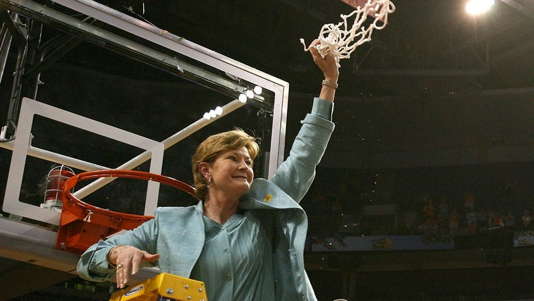 Pat Summitt's incredible career by the numbers
