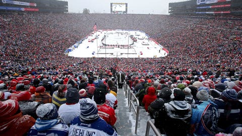 NHL's Winter Classic sells 105,491 tickets as Toronto downs Red Wings in shootout