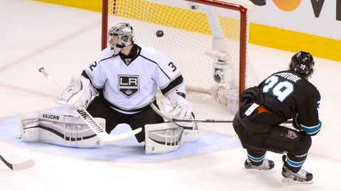 First round, Game 2: Sharks 7, Kings 2