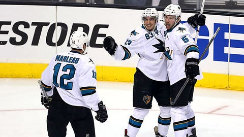 First round, Game 3: Sharks 4, Kings 3