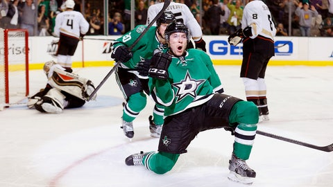 First round, Game 4: Stars 4, Ducks 2