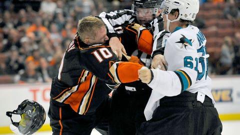 Ducks vs. Sharks, Round 3 — Braun vs. Perry