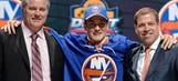 Isles' top pick Barzal tosses first pitch before no-hitter