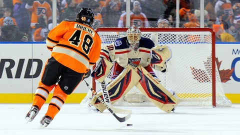2012: Lundqvist denies Briere on penalty shot in waning moments of Rangers' win