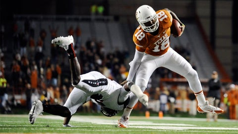 Across the field: Texas QB Tyrone Swoopes