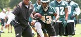Eagles continue to use RB Darren Sproles as a receiver in practice