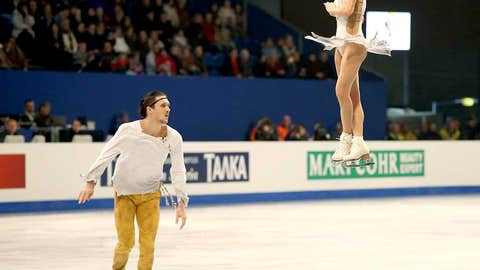 Tatiana Volosozhar and Maxim Trankov (Russia) — Figure Skating