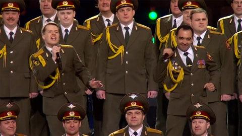 Russian choir 'Get Lucky'