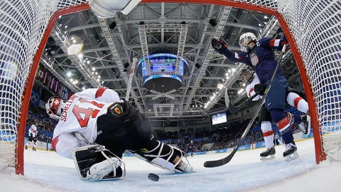 USA routs Swiss