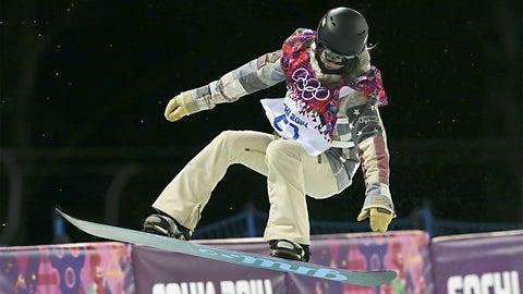 Farrington snowboards to halfpipe gold