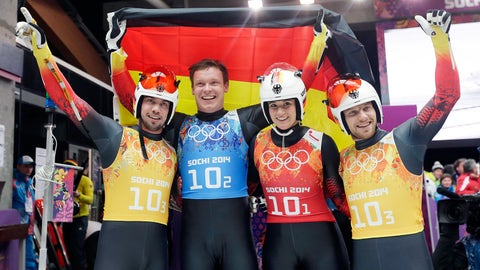 German luge relay team