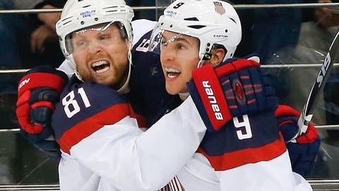US men advance to semifinals