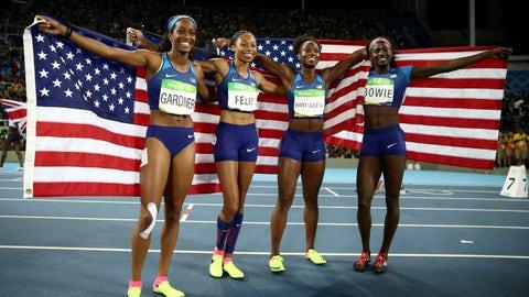 English Gardner, Allyson Felix, Tianna Bartoletta, Tori Bowie - 4x100m relay