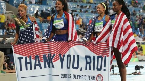 Natasha Hastings, Phyllis Francis, Allyson Felix Courtney Okolo - women's 4x400m relay