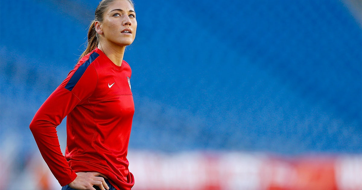 Hope Solo rips Julie Foudy over her selection for best ...
