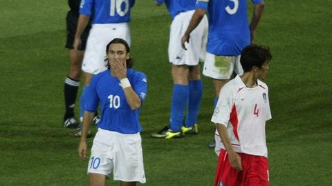Refs help South Korea rob Italy