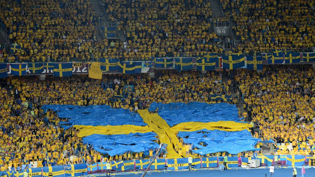 Swedish fixture abandoned after fan dies on the way to the game