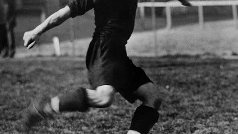 1930: Guillermo Stabile, Argentina, 8 goals