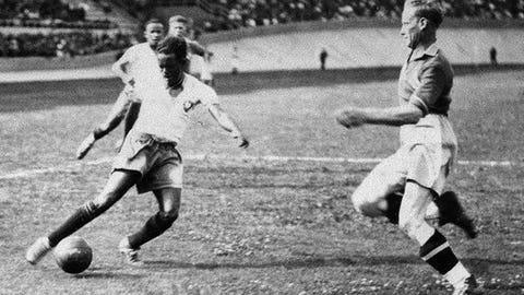 1938: Leonidas, Brazil, 7 goals