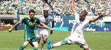 MLS Roundup: Chicago defeats New York in thriller, Portland draws LA Galaxy