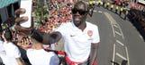 Bacary Sagna coy over Arsenal future amidst Man United, Man City links
