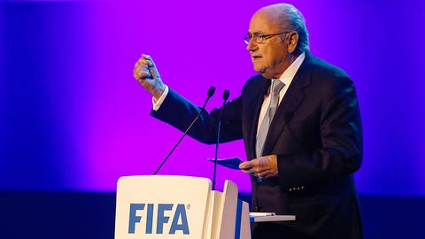 UEFA to Sepp Blatter: Fulfill your promise and step down