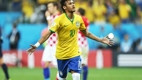 Brazil survives scare from Croatia ...