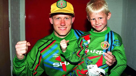 Peter and Kasper Schmeichel (Denmark)