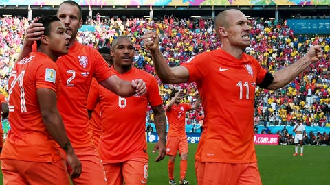 Netherlands defeats Chile to claim top spot in Group B