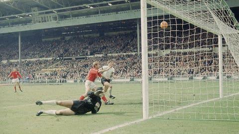 1966: England 4 – West Germany 2 (AET) (London)