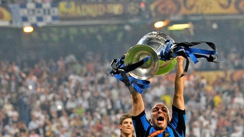 Esteban Cambiasso (Real Madrid to Inter Milan)