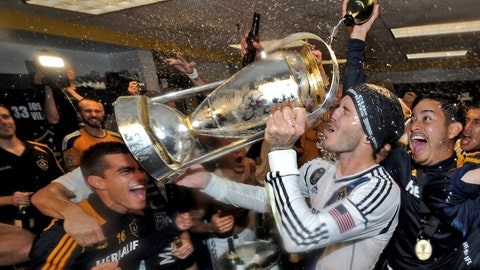 David Beckham (Real Madrid to LA Galaxy)