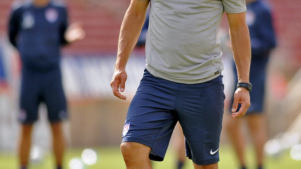 official photos f65d4 2189b Landon Donovan: The highs and lows of a storied career | FOX ...