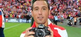 Arsenal midfielder Cazorla plays down rumors of Spain return