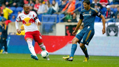 MLS glamor clubs meet as LA Galaxy host NY Red Bulls (live, Sunday, 8:30 p.m. ET)