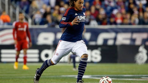 Jermaine Jones, New England midfielder