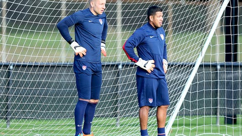 Brad Guzan, Nick Rimando continue their goalkeeping battle