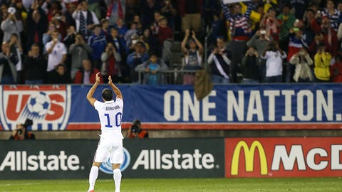 Landon Donovan retires from professional soccer