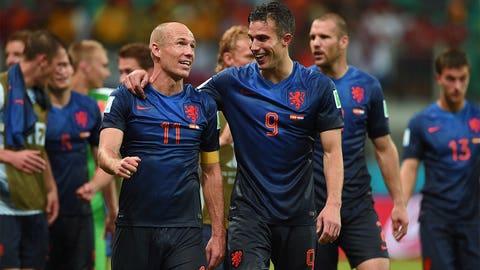 Netherlands help end Spain's dominant grip
