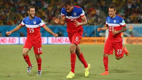 USA's John Brooks scores winner vs. Ghana
